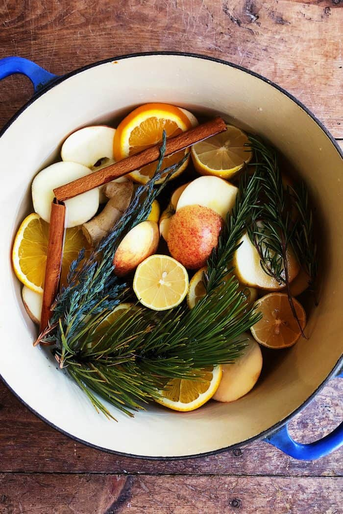 Stove-top Yuletide Potpourri Recipe
