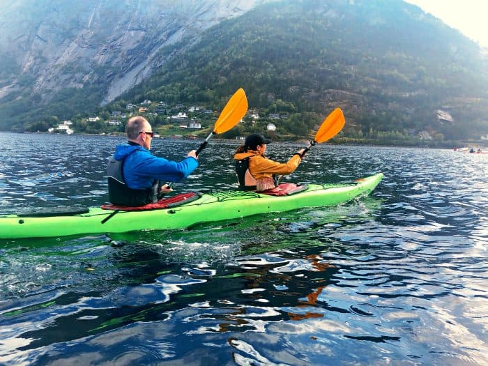 Homelands Viking Cruise Excursions Norway - couple kayaking
