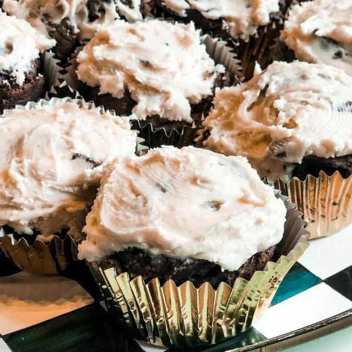 EASY Irish Guinness Cupcakes