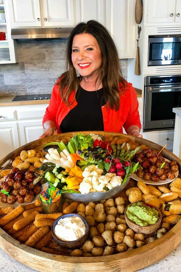Easy Epic Easter Entertaining Snack Board