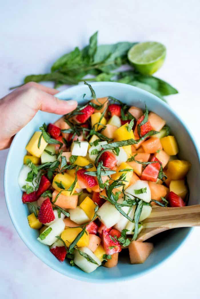 Easy Homemade Fruit Salad