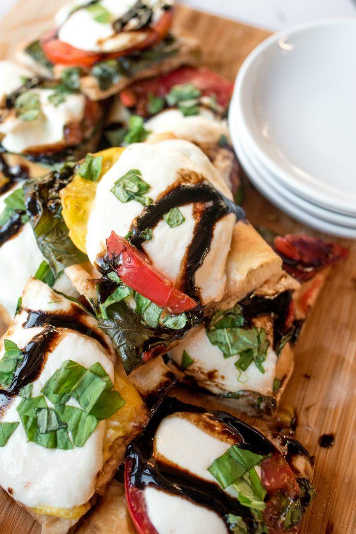 Caprese Flatbread Pizza - delallo glaze