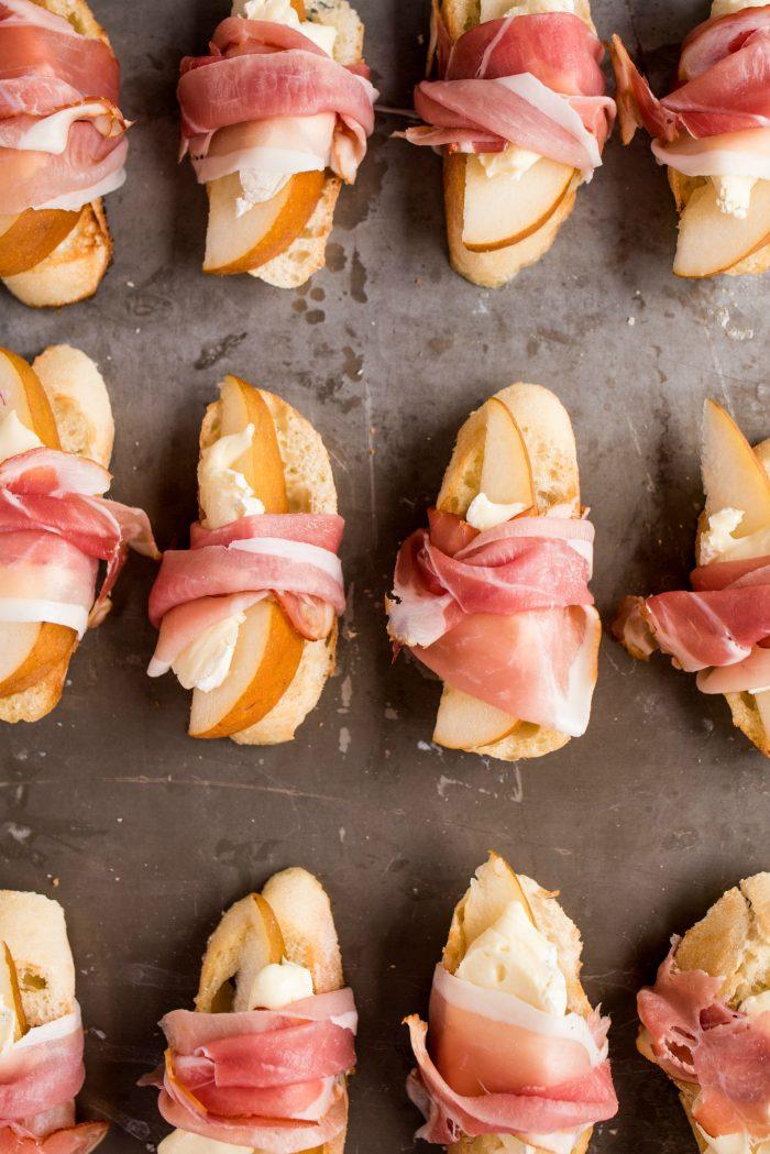 How to make Pear Brie Bruschetta