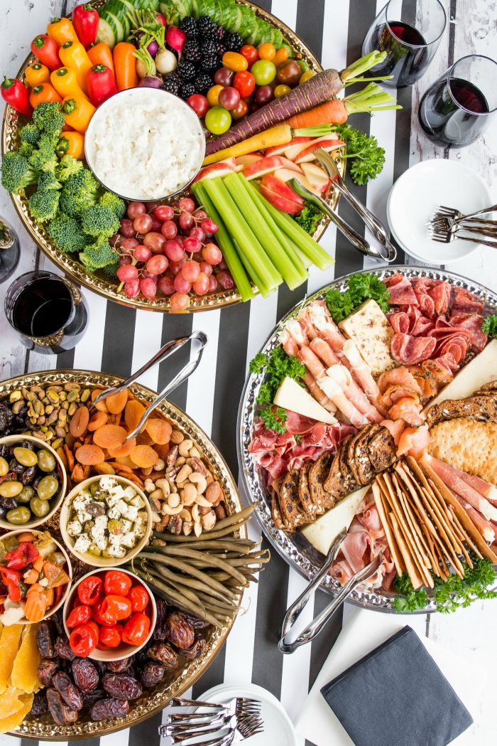 BEST Holiday Charcuterie Board Appetizers