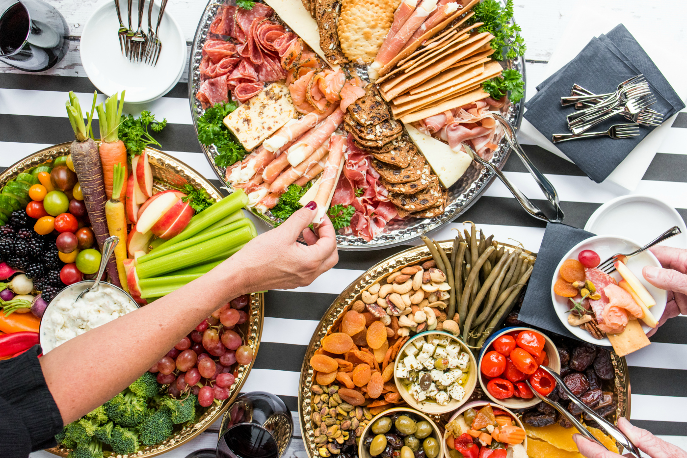 Holiday Charcuterie Board Appetizers Reluctant Entertainer